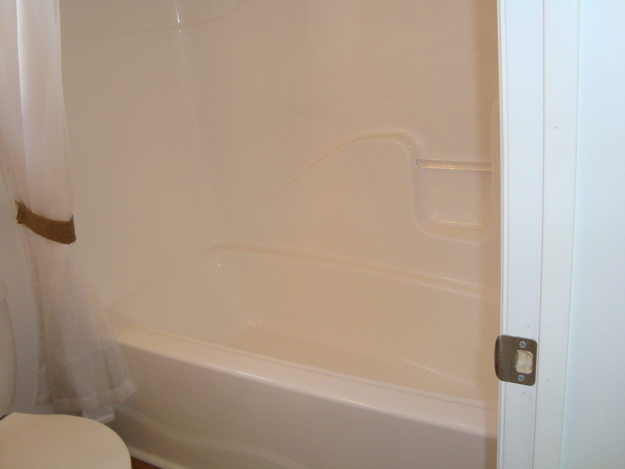 One Piece Fiberglass Tub Shower - Home Design - Zeri.us